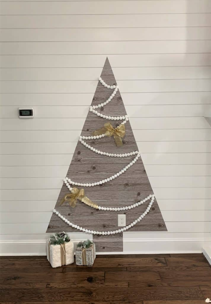 DIY Wall Christmas Tree Tutorial