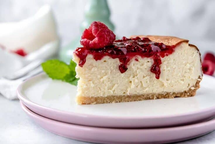 Low Carb Cheesecake with Raspberry Jam